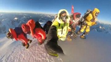 Nagranie ze szczytu K2