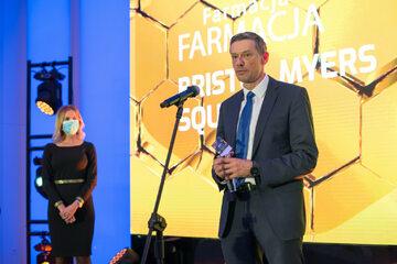 Nagroda Innowator Wprost dla firmy BMS: odbiera Antoni Żarski