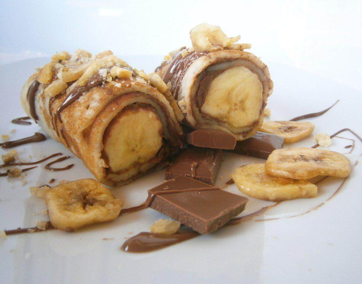 Naleśniki z kaszy jaglanej z bananami i czekoladą