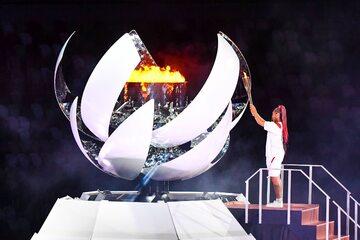 Naomi Osaka podczas ceremonii otwarcia igrzysk