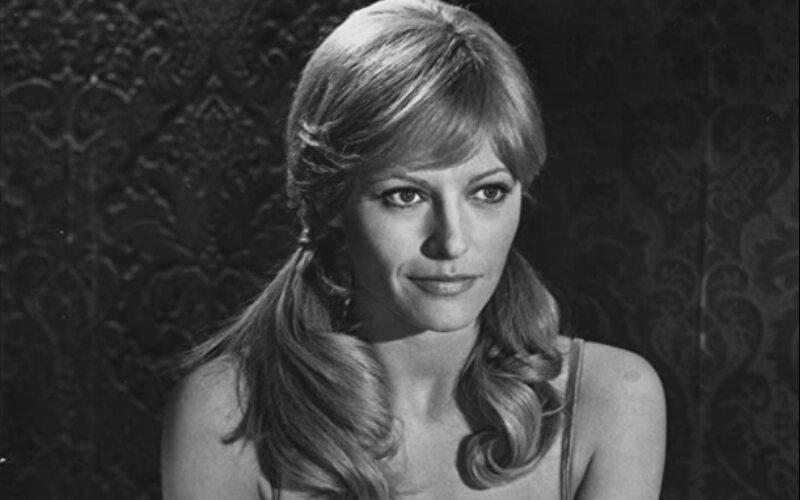 "Nathalie Delon w filmie ""Sinobrody"" (1972)"