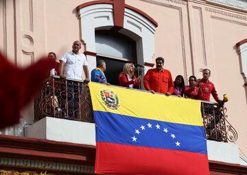 Nicolas Maduro w trakcie wiecu