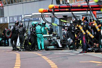 Nieudany pitstop Mercedesa