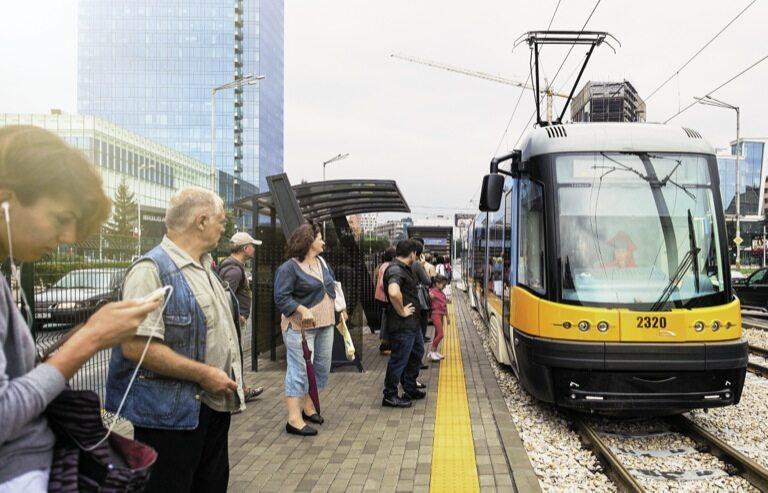 Nowoczesny polski tramwaj na ulicy Sofii to wizytówka naszego przemysłu i biznesu