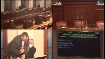 Obraz z kamer czeskiego parlamentu