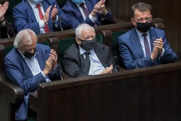 Od lewej: Ryszard Terlecki, Jarosław Kaczyński i Mariusz Błaszczak