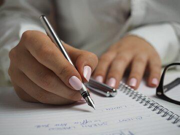 Odręcznie pisanie notatek