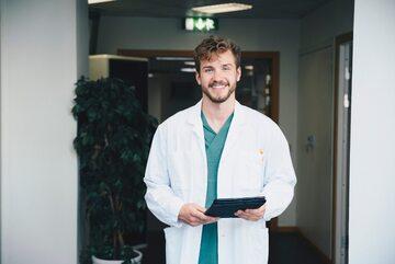 Osoby, które zmagają się z chorobami wenerycznymi mogą skorzystać z konsultacji medycznych online, np. Dimedic.eu