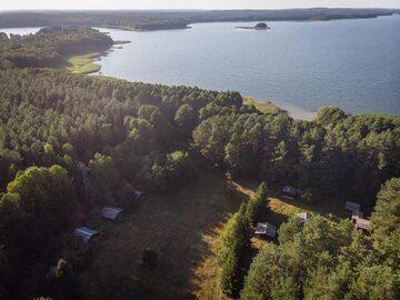 Ośrodek wczasowy nad jeziorem Sasek Wielki