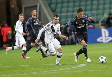 Ostatnim polskim zespołem w Lidze Mistrzów była Legia. Tutaj w meczu z Realem Madryt