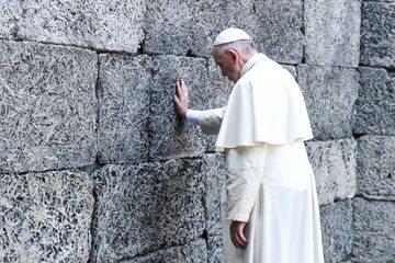 Papież Franciszek w Auschwitz