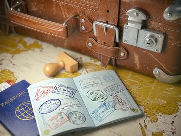 Paszport, zdjęcie ilustracyjne