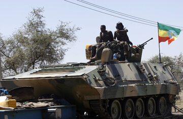 Patrol etiopskiej armii w Mekelie, stolicy Tigraju