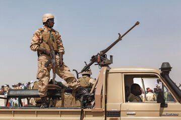 Patrol wojska w Nigrze