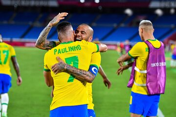 Paulinho i Dani Alves