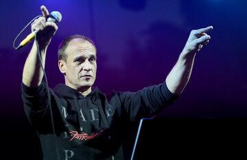 Paweł Kukiz podczas koncertu w 2015 roku