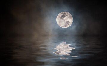 Pełnia Księżyca, zdj. ilustracyjne