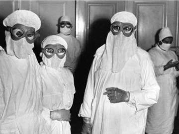 Personel medyczny w czasie epidemii ospy we Wrocławiu (1963)