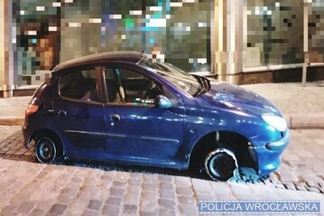 Peugeot, którym jeździł mężczyzna