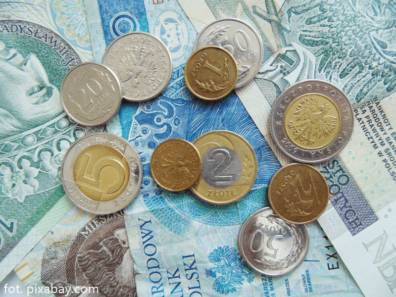 pieniądze (zdj. ilustracyjne)
