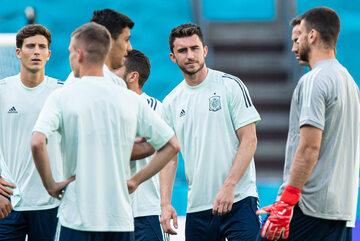 Piłkarze reprezentacji Hiszpanii na treningu