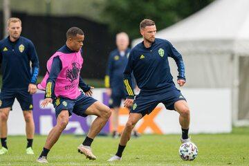Piłkarze reprezentacji Szwecji na treningu