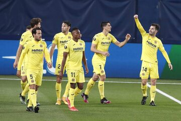Piłkarze Villarreal w meczu z Arsenalem