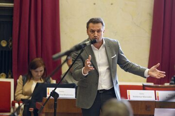 Piotr Guział na sesji Rady m.st. Warszawy