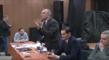 Piotr Szubarczyk podczas spotkania