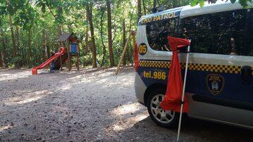 Plac zabaw, na którym znaleziono węża