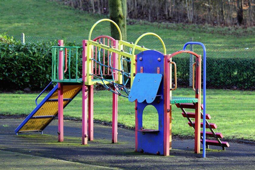 Plac zabaw, zdjęcie ilustracyjne