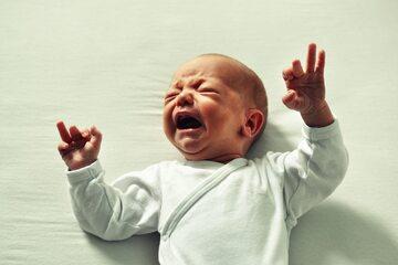 Płaczące dziecko, zdjęcie ilustracyjne