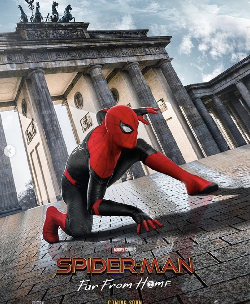 "Plakat do filmu ""Spiderman: Far from home"""