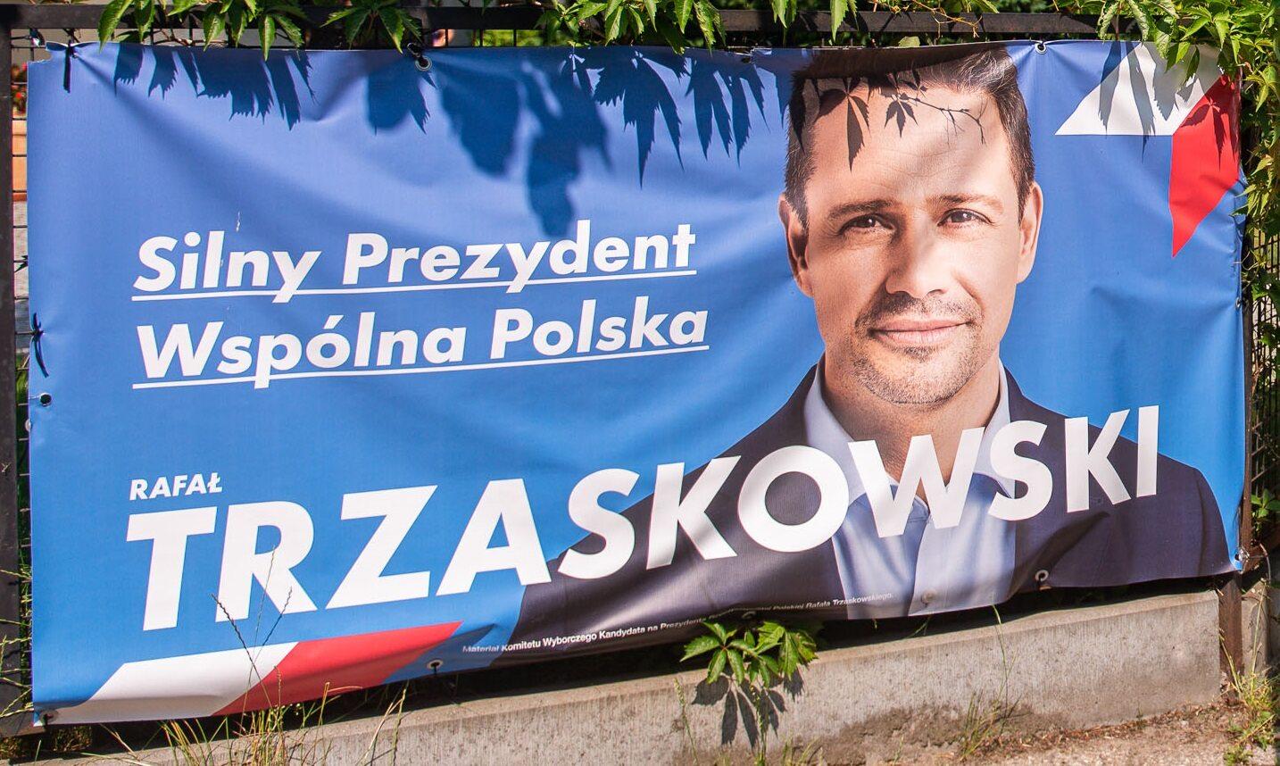 Plakat Rafała Trzaskowskiego, zdj. ilustracyjne