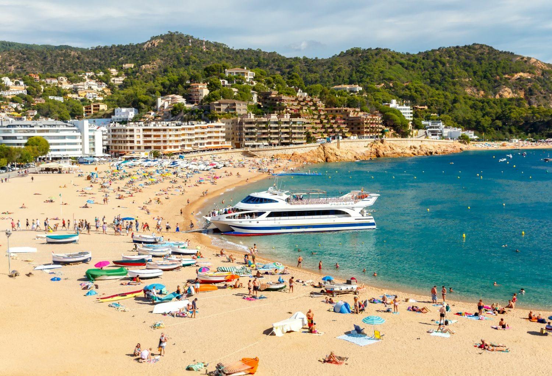 Plaża w Tossa de Mar, Hiszpania