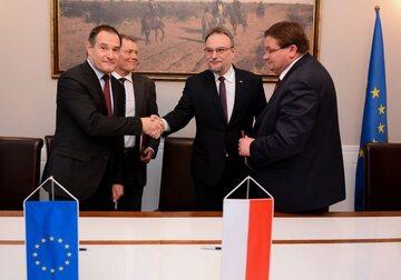 Podpisanie projektu umowy w sprawie siedziby Frontexu