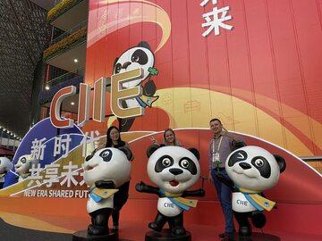 Polacy na targach China International Import Export