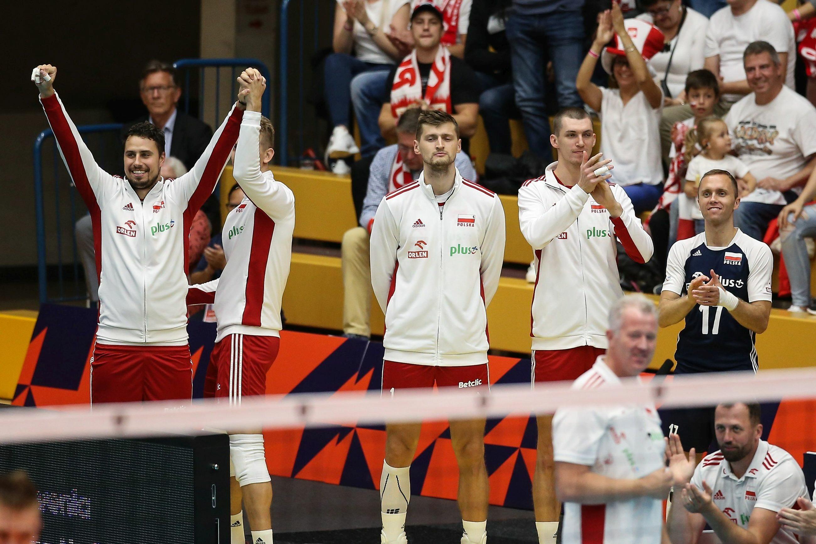 Polacy podczas meczu z Czarnogórę