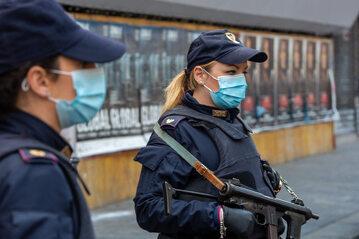 Policja w Mediolanie