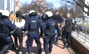 Policjanci interweniujący w Głogowie