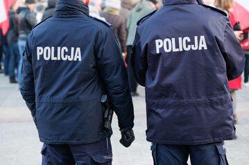 Policjanci, zdjęcie ilustracyjne