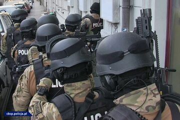 Policjanci zlikwidowali agencje towarzyskie w Poznaniu