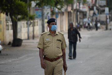 Policjant w Indiach, zdjęcie ilustracyjne