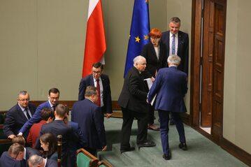 Politycy PiS w Sejmie: Jarosław Kaczyński, Mateusz Morawiecki i inni