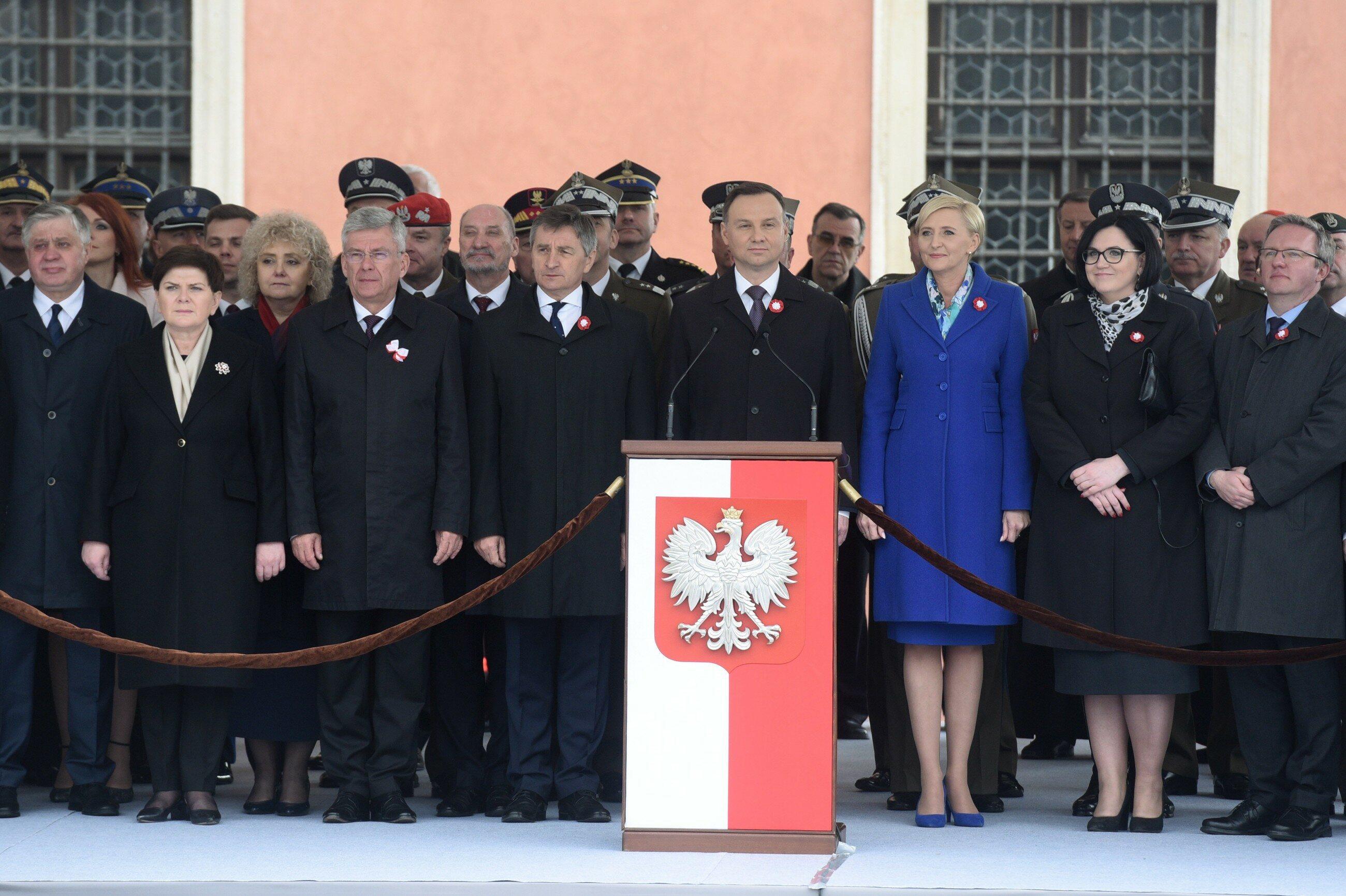 Politycy w trakcie obchodów rocznicy uchwalenia Konstytucji 3 maja