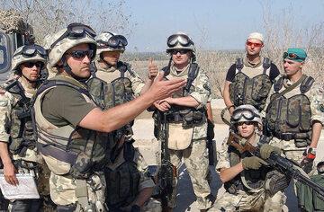 Polscy żołnierze w Camp Babilon w Iraku, marzec 2004 rok