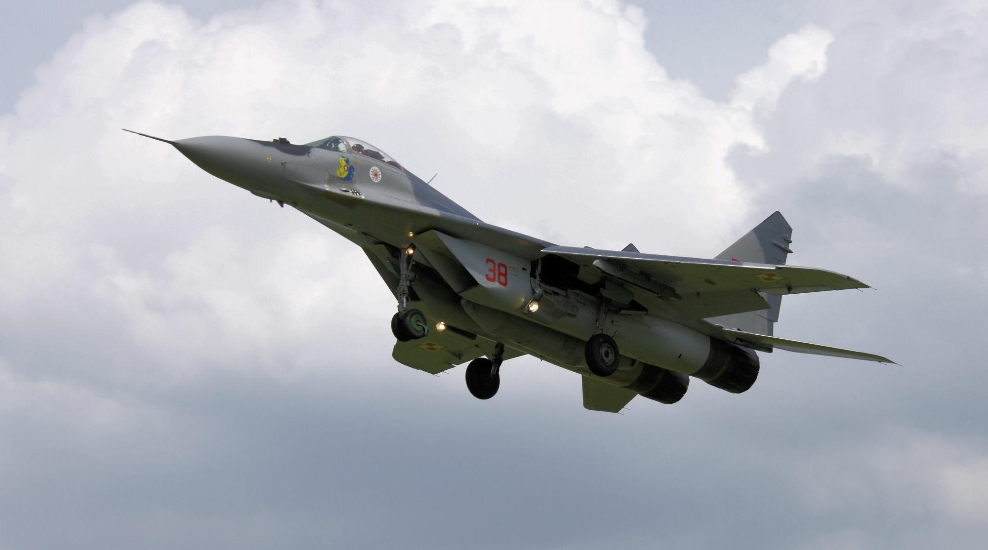 Polski MiG-29 nr 38 z 23 Bazy Lotnictwa Taktycznego w Mińsku Mazowieckim, zdjęcie ilustracyjne