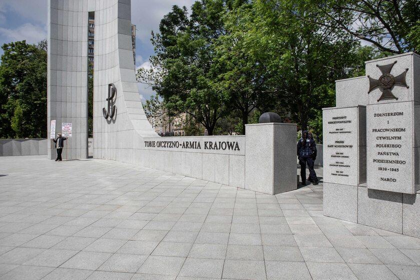 Pomnik AK w Warszawie