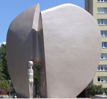 Pomnik Pękniętego Serca w Łodzi