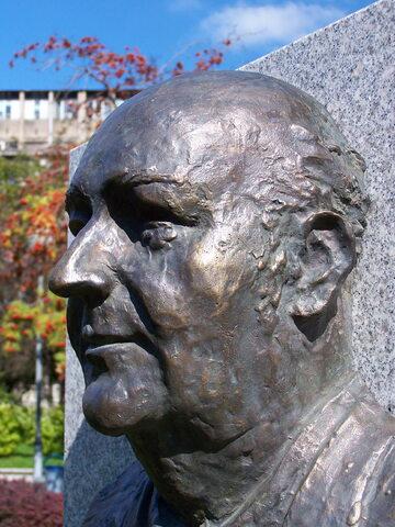 Popiersie Wilhelma Szewczyka w Katowicach